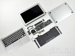 Apple MacBook Air Test aufgeschraubt