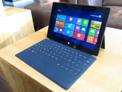 Surface-Tablet von Microsoft mit Touch-Cover
