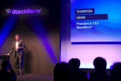 Blackberry-CEO Thorsten Heins pr�sentiert die neue Blackberry-Plattform.