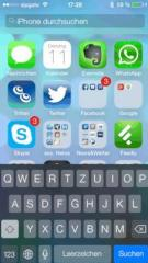 iPhone-5-Homescreen mit Spotlight-Funktion unter iOS7