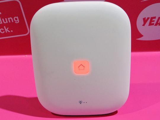 telekom home base 2 0 smart home zentrale ist schick kompakt news. Black Bedroom Furniture Sets. Home Design Ideas
