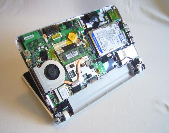 Seziert Medion Akoya Mini E1311 Mit Amd Prozessor Teltarifde News
