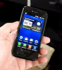 LG E730 Optimus Sol mit AMOLED-Display