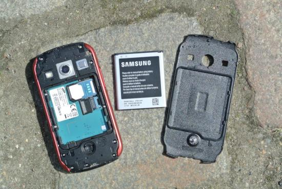 huge selection of 85bc6 bb10f Samsung Galaxy Xcover 2: Das Outdoor-Smartphone im Test - teltarif ...