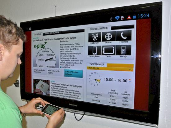 So Kommt Der Inhalt Des Smartphone Displays Auf Den Fernseher