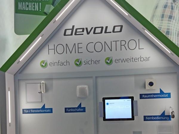 devolo zeigt smart home control f r die heimische. Black Bedroom Furniture Sets. Home Design Ideas