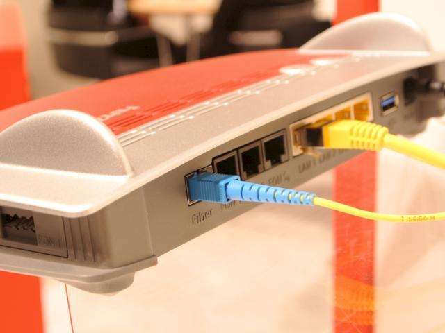 AVM FRITZ!Box 5490: Glasfaser-Router angeschaut - teltarif