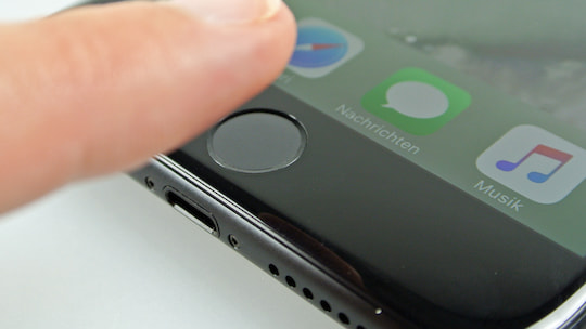 Der Fingerabdruck-Scanner beim Apple iPhone 7 Plus im Test