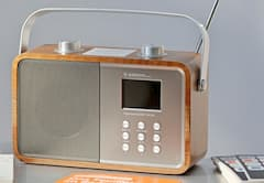 DAB+ Radio im Retro-Design.