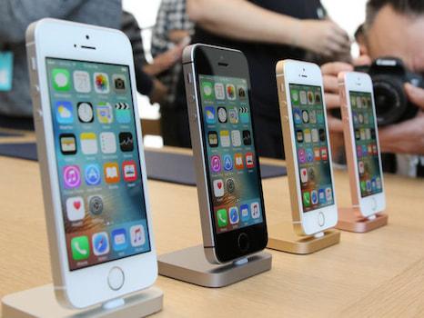 klein aber oho 7 smartphones mit displays unter 4 7 zoll. Black Bedroom Furniture Sets. Home Design Ideas