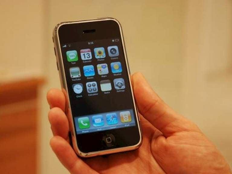 heute vor 10 jahren das erste iphone geht in den verkauf news. Black Bedroom Furniture Sets. Home Design Ideas