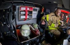 Ein Funkgerät in einem Feuerwehr-Fahrzeug