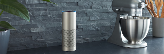 Amazon Echo Plus mit integriertem Smart-Home-Hub