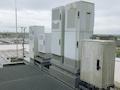 o2 Mobilfunkstation auf dem ehemaligen VIAG Gebäude. Die Gehäuse müssen Wind und Wetter trotzen.