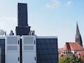 """Telefónica-o2-Sendestation am """"Bült"""" in Münster. Die Antennen sind unter dem """"Kamin"""" versteckt."""
