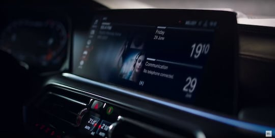 Der BMW Intelligent Personal Assistant in Aktion