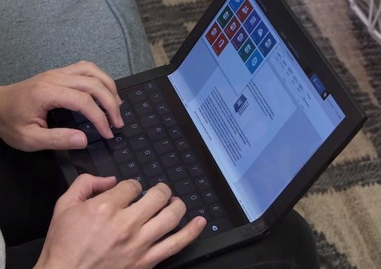 Lenovo hat ein faltbares Notebook im Köcher