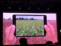 Der Bauer mit dem Tablet-Computer auf dem Feld. Das ist längst nichts ungewöhnliches mehr.