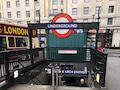 Der Eingang zur Londoner U-Bahn: Mobiles Bezahlen ist möglich, mobiles Telefonieren oder Surfen aber nicht