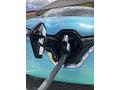 Wer elektrisch Auto fährt, sollte die Pausen fürs Aufladen nutzen.