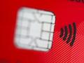 Eine Karte mit Funkchip für kontaktloses Bezahlen . Der EuGH hat die Rechte der Verbraucher bei Kartenverlust gestärkt.