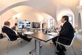 Das Bundesland Thüringen (vorne Ministerpräsident Bodo Ramelow) möchte seine Liegenschaften und Freiflächen den Mobilfunkanbietern zur Verfügung stellen und den Ausbau beschleunigen.