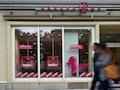 421 Telekom eigene Shops haben wieder geöffnet.