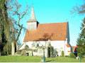 Die Kirche von Bülow. Dazu gehört der Ort Prestin. Dort hat  die Telekom einen Sendemast gebaut, der aber noch nicht senden kann